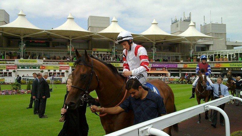 Horse race fixtures